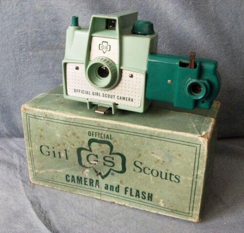 IMPERIAL MARK XII 1950s GREEN GIRL SCOUT 620 FILM CAMERA & FLASH + ORIGINAL BOX!