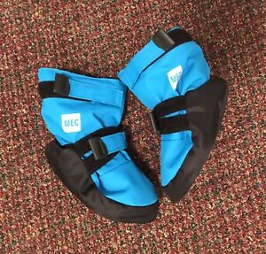 MEC Toaster Booties - size small