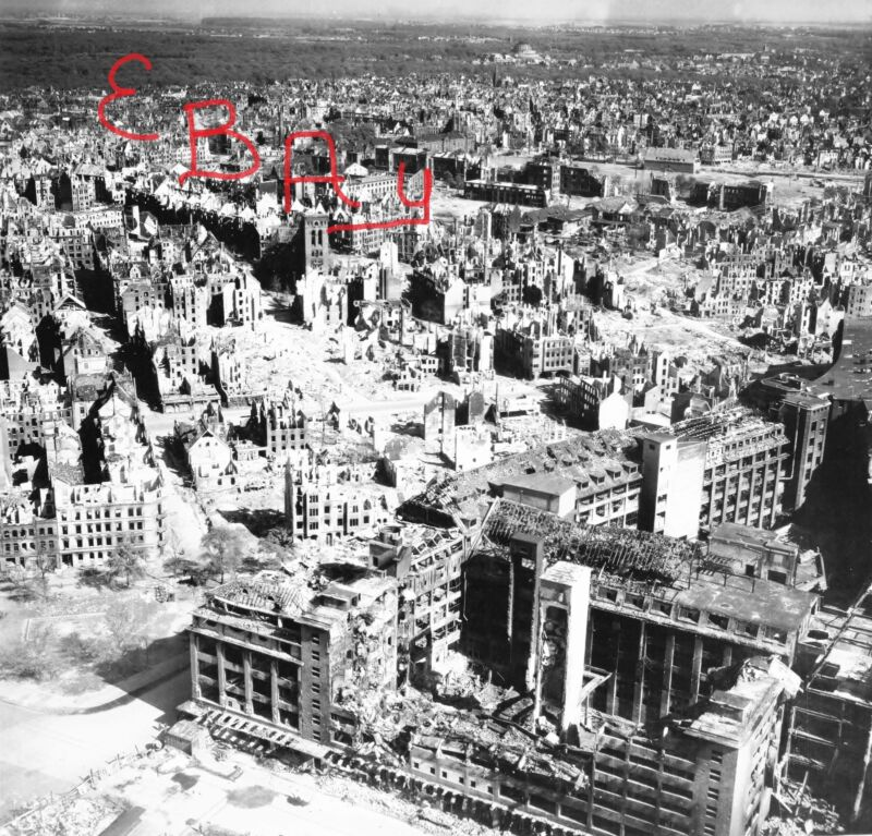 WWII 11X14 AERIAL RECON PHOTO 8TH USAAF DESTRUCTION OF HANNOVER GERMANY LOOK