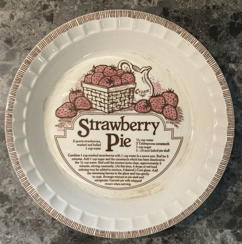 "Royal China 1983 Strawberry Pie Country Harvest Recipe Fruit Pie Plate Dish 11"""