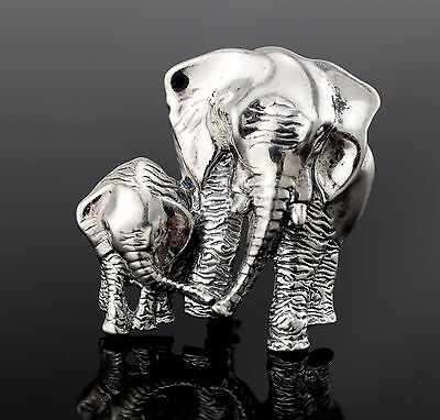 Vtg Sterling Silver Lovely Cast Elephant Baby and Mom Family Pin Brooch