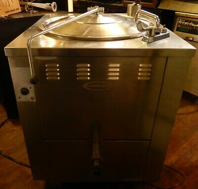 Jacketed Steam Kettles 40 Gallon By Cleveland Kgm-40
