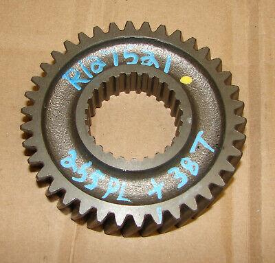 R127521 John Deere 5420 5200 5400 5410 5500 5520 Top Shaft Gear