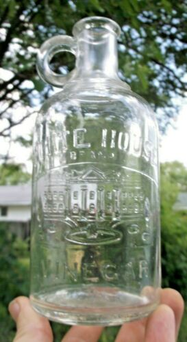 NICE WHITE HOUSE BRAND VINEGAR BOTTLE W/PICTURED WHITE HOUSE 1910