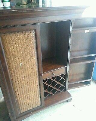 (Howard Miller cherry hill Wine & Home Bar Cabinet 695-014)