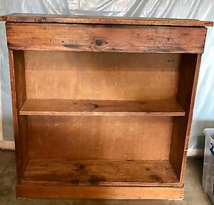 Timber bookshelf Willoughby Willoughby Area Preview