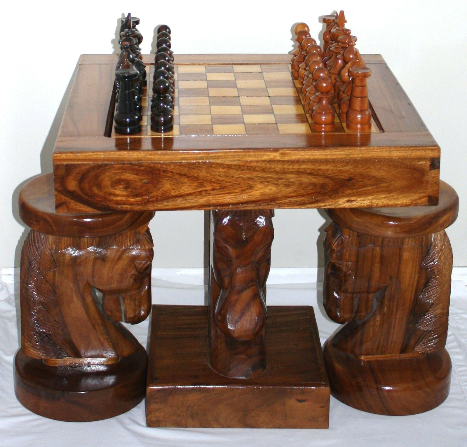 Charmant Unique Handcrafted Hand Carved Horse Head Chess/Backgammon Table With Chairs