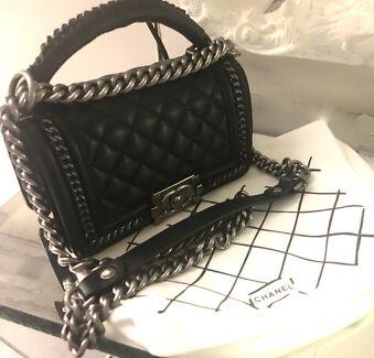 Chanel Le boy bag with handle