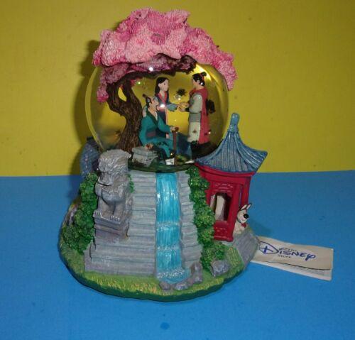 Disney Store Classic Snowglobe Globel Mulan Reflection Musical Box Mushu Shang