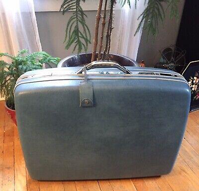 60's- 70's  Large Vintage Samsonite Blue Hard-case Suitcase Luggage With Wheels