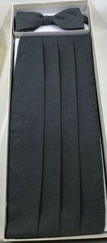 Giorgio Armani Cummerbund & Matching Tie Gray & Black Silk 4 Pleat Le Collezioni