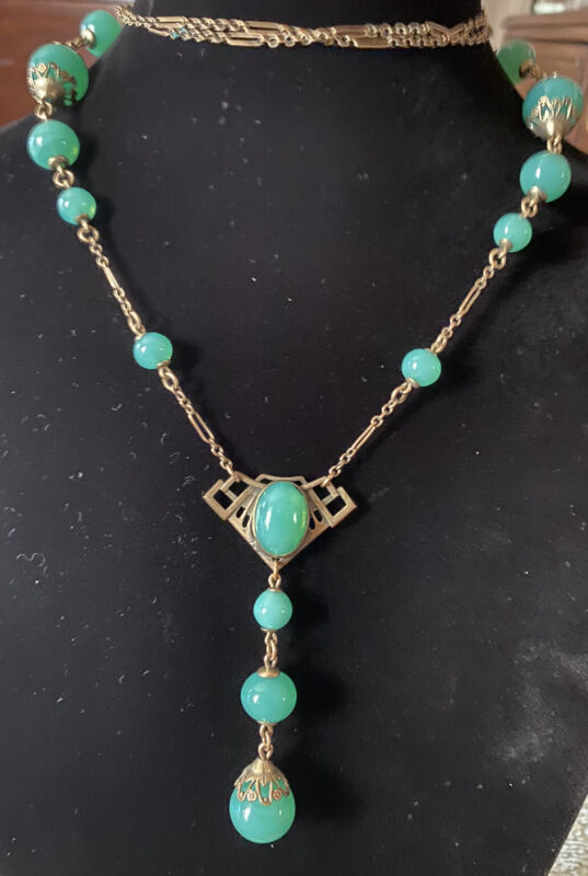 Rare Art Deco BF & Co Chrysoprase Or Peking Glass & Brass Flapper Sty Necklace