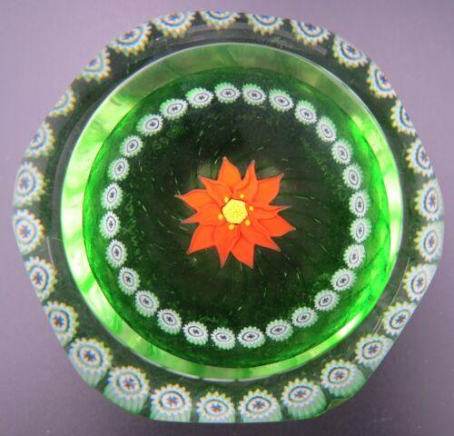 2000 Caithness Christmas Poinsettia Studio Art Glass Paperweight