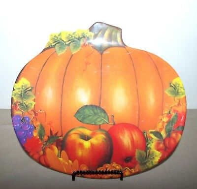 3 FALL THANKSGIVING HOLIDAY PUMPKIN PLASTIC SERVING PLATES  - Thanksgiving Plastic Plates