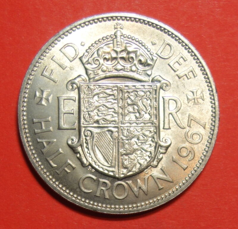 GREAT BRITAIN ;  HALF CROWN 1967 UNC. FREE SHIPPING.