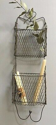 VINTAGE RUSTIC WIRE MESH WALL HANGING RACK/STORAGE~LETTERS~CANDLES~BRUSHES ETC