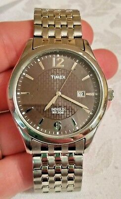 TIMEX INDIGLO  30M WR  CR 2016 CELL MENS WRIST WATCH SILVER