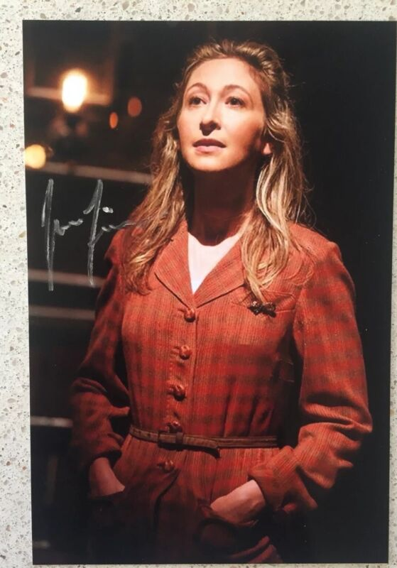 """Jessie Fisher Signed Photo 4""""X6"""" Girl In Once Harry Potter and the Cursed Child"""
