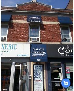 Salon de coiffure clé en main à vendre