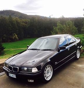 BMW 318i 1998 Dover Huon Valley Preview