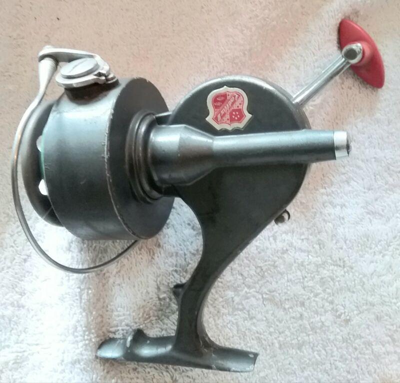 vintage CADILLAC III fishing reel, great condition