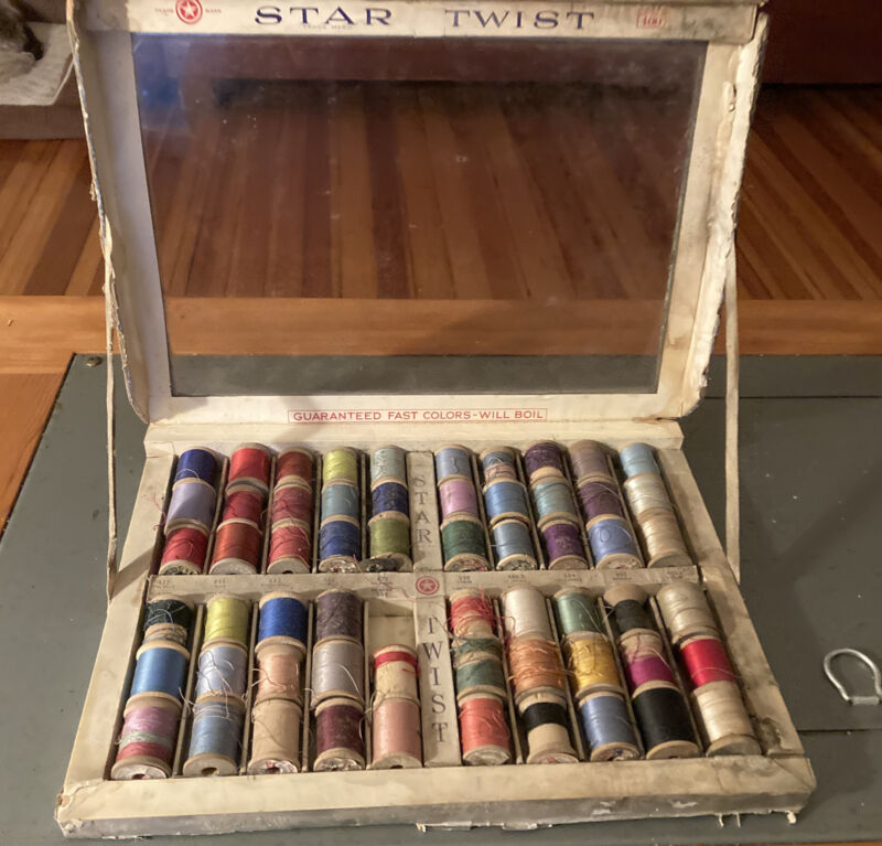 ANTIQUE VINTAGE AMERICAN THREAD CO BOX 59 SPOOLS STAR TWIST THREAD - ADVERTISING