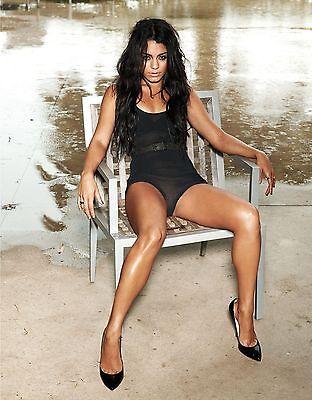 Vanessa Hudgens Unsigned 8X10 Photo  5