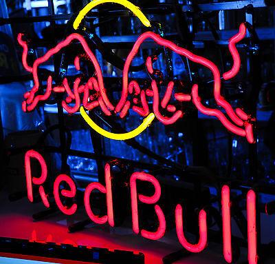 Red Bull Energy Neon Leuchtreklame, Leuchtwerbung, zweifarbig