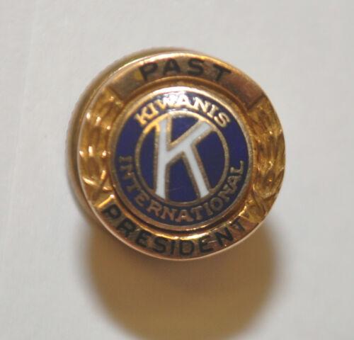 14k Yellow Gold Top Past President Kiwanis International Lapel Pin