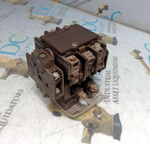 ITE EB421AA 600 V 50 A 3 POLE CONTACTOR