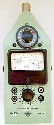 Bk Bruel Kjaer Type 2203 Precision Sound Meter Frequency Analyzer 4135 Mic