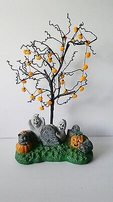 halloween tree with pumpkin ornaments and hand painted - Halloween Tree With Ornaments
