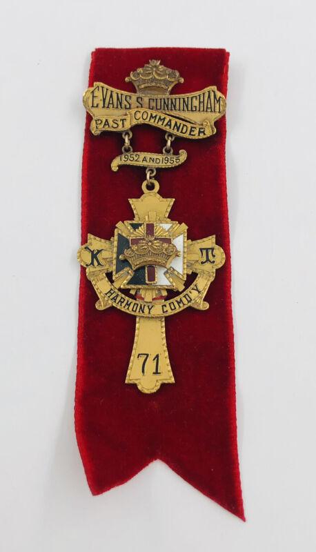 Antique GOLD METAL MASONIC KNIGHTS TEMPLAR PAST COMMANDER MEDAL JEWEL PIN BROOCH