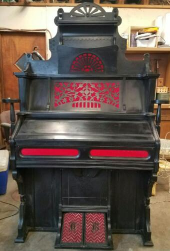 Antique Vintage Pump Organ - Works  Serial# 25 165 19959