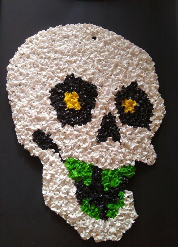 "Vintage Halloween-HTF Melted Plastic Popcorn Skull w/Green Teeth-Wall Decor 16"""