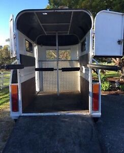Horse Float Hire $40 Flat Rate Logan Reserve Logan Area Preview