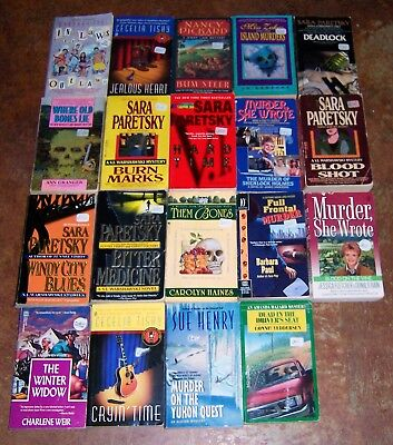 BIG Lot of 19 Sara Paretsky & Cozy Murder Mystery PB's V.I. Warshawski Sue Henry