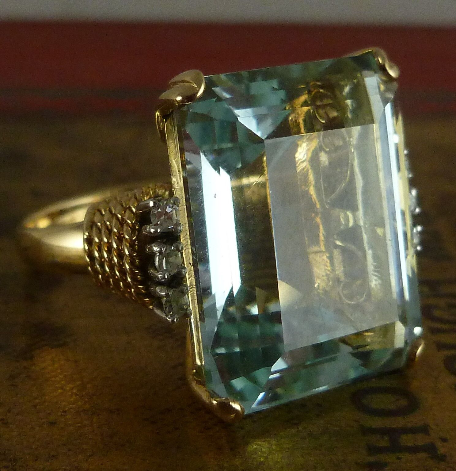 antique deco aquamarine ring 30ct emerald cut