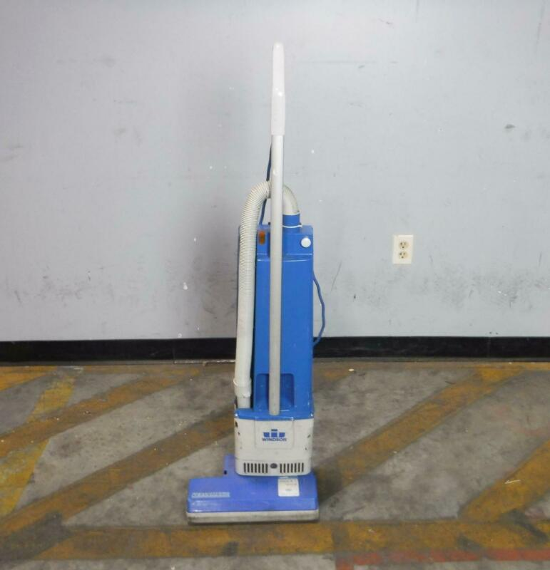 Windsor Versamatic VS14 Industrial Upright Vacuum TESTED WORKING