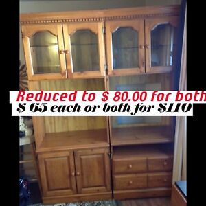 Cabinets with lights in excellent shape