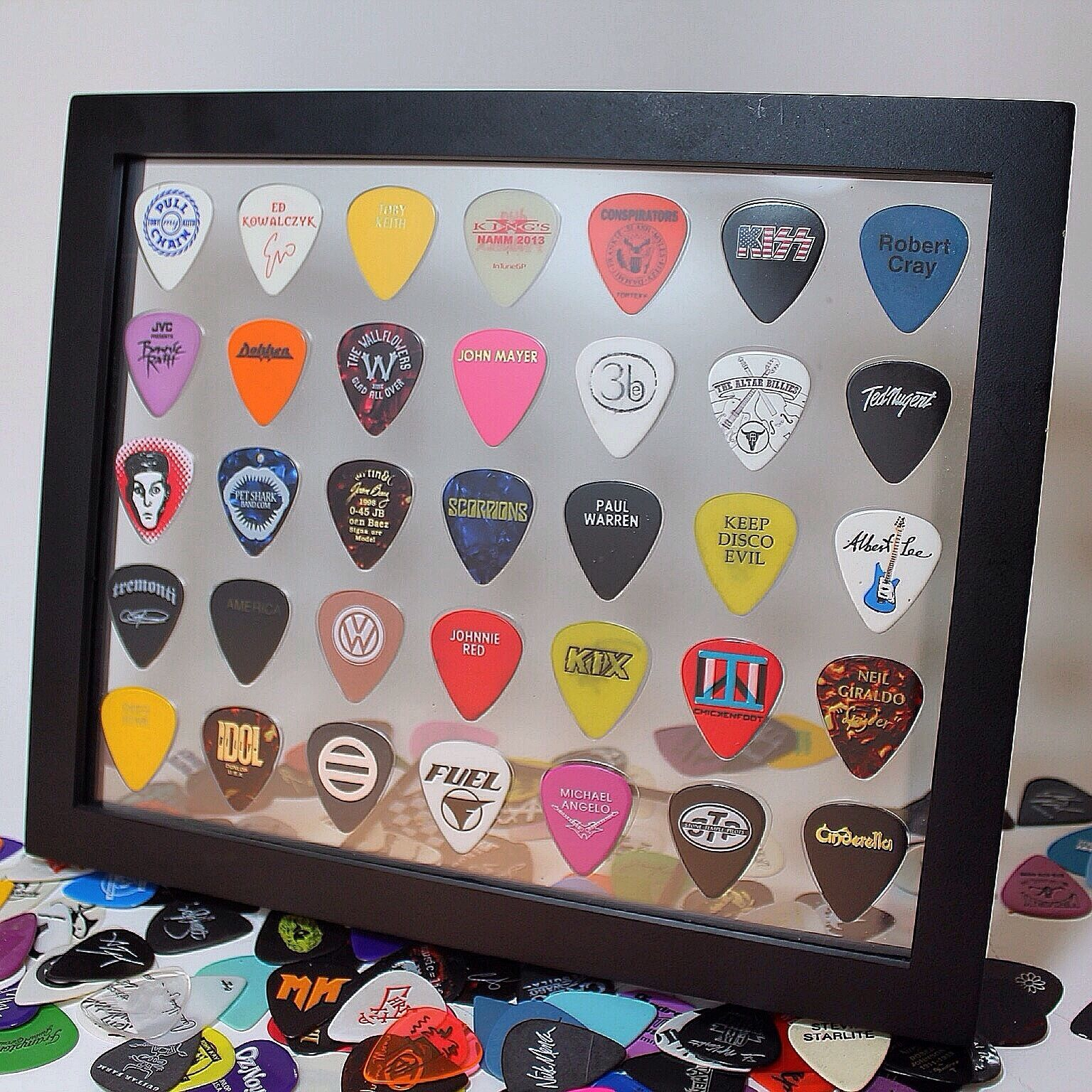 Guitar Pick Display Frame Insert 8 x 10 Horizontal Clear - HOLDS 35 PICKS