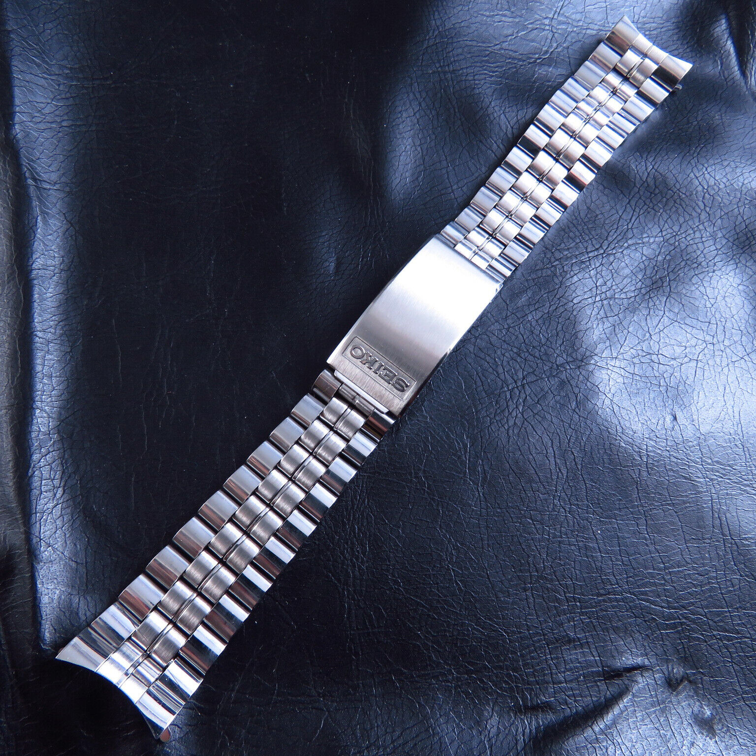 GENUINE NEW OLD STOCK 19MM JAPAN SEIKO BY STELLIX STAINLESS