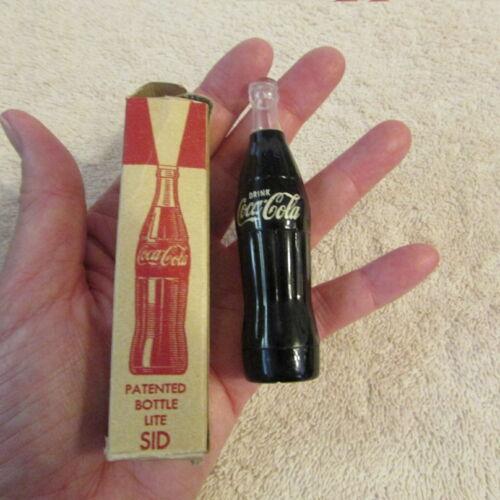COCA COLA FLASHLIGHT Vintage NOS bottle shaped IOB
