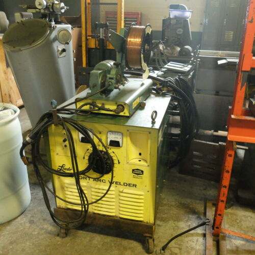 300 Amp Linde Mig Welder, Model V-200-C , With Wire Feed