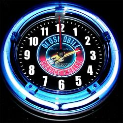 OLDSMOBILE 1950's Make a date with a ROCKET 8 LOGO - 11 Blue Neon Wall Clock
