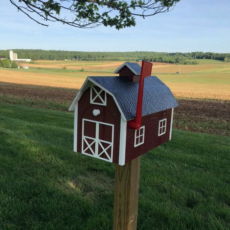 Traditional Barn Style Mailbox | Free Shipping! | Unique Rustic Outdoor Decor |
