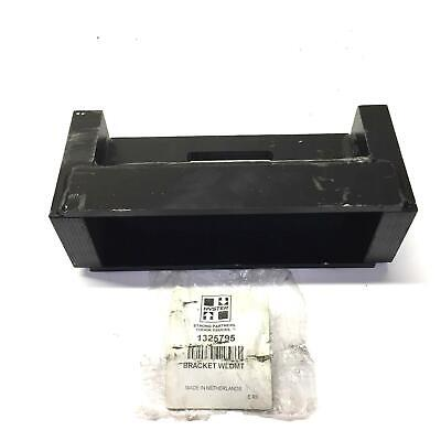 Hyster Weld Mount Bearing Bracket 1325795 New Old Stock