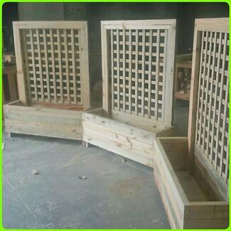 Lattice Planter Boxes