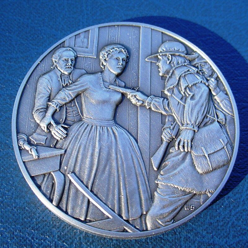 *** DAR Medal - DICEY LANGSTON. Great Women of the American Revolution.