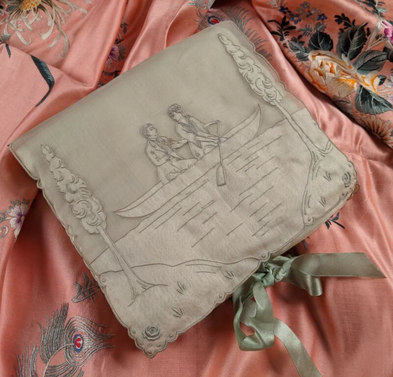 BEAUTIFUL FIGURAL APPENZELL HAND EMBROIDERED HANDKERCHIEF CASE W COURTING SCENE